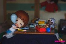 Sleepy Mako-chan