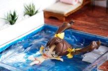I can float.. Ugh Nope!