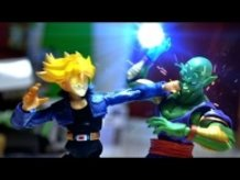 Dragon ball Z Stop Motion - Piccolo VS Trunks