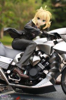 Good Smile Company – Fate/Zero – Saber Motored Cuirassier – 1/8 PVC Figure