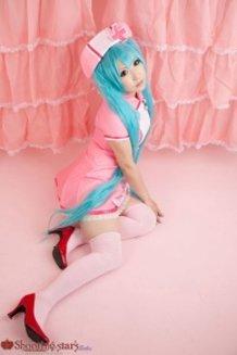 Love Colored Ward - Hatsune Miku