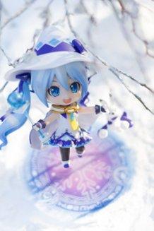 Nendoroid Snow Miku: Magical Snow Ver