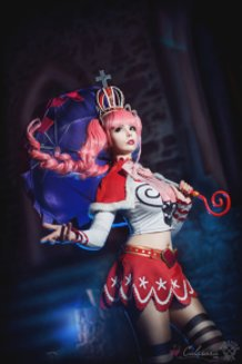 Perona (One Piece) Cosplay by Calssara