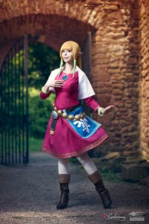 Zelda (Skyward Sword) Cosplay By Calssara