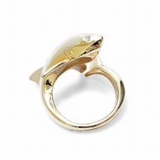Lilou Animal Tail Shark Ring