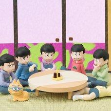 Palmate Petite Osomatsu-san We Are Family! Premium Trading Figures