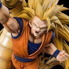 Figuarts Zero Dragon Ball Z Super Saiyan 3 Son Goku Dragon Fist Explosion