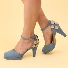 Honey Salon Flower Pumps (Denim)