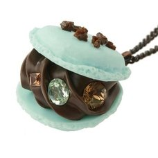 Q-pot. Mint Chocolate Macaron Necklace