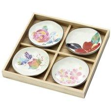 Seasonal Flowers Mino Ware Plate Set