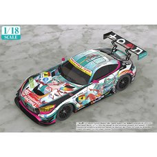1/18 Scale Good Smile Hatsune Miku AMG 2016 Super GT Ver.