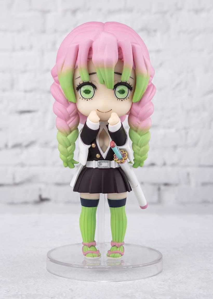 Figuarts Mini Demon Slayer Mitsuri Kanroji Bandai Bandai Tokyo Otaku Mode She uses the breath of love (恋の呼吸 koi no mitsuri is a voluptuous young woman with a kind face. figuarts mini demon slayer kimetsu no yaiba mitsuri kanroji